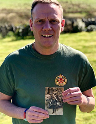 Antony Cotton with the photo of his mystery relative