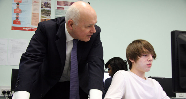 Ian Duncan Smith in a school